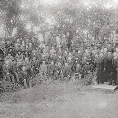kotimaisen_tyon_liitto_perustamiskuva_1912